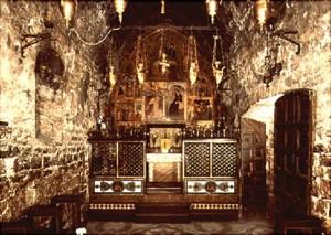 Interior kapel kecil Porziuncola